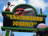 Six Flags New England - Marvin the Martian's Earthbound Journey
