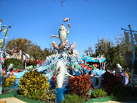 Universal's Island of Adventure - One Fish, Two Fish, Red Fish, Blue Fish