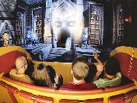 Busch Gardens Williamsburg Curse Of Darkastle The Ride Attraction Ride Details Parkinfo2go
