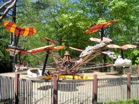 Busch Gardens Williamsburg The Little Gliders Attraction Ride Details Parkinfo2go