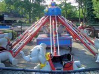 Kennywood Park - Elephant Parade